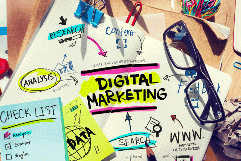 إستراتيجيات وتقنيات تطوير مهارات وأساليب البيع لموظفي التسويق والمبيعات